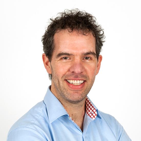 Dhr. M.C.J. Nieuwenhuisen